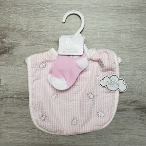 BABY ESSENTIALS embroidered bunnies bib and socks